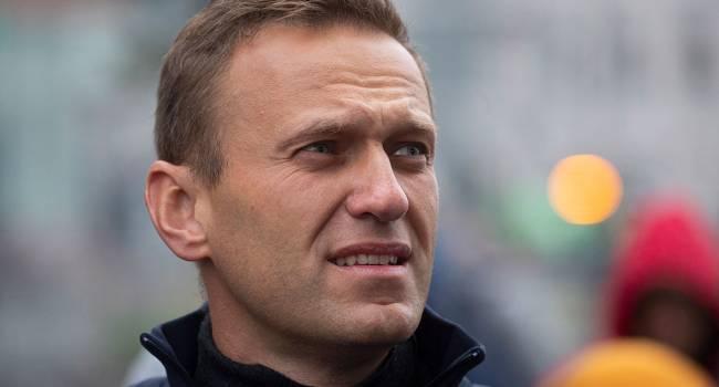 Если бы летчик не посадил самолет в Омске, то Навального мы бы потеряли еще 20 августа - мнение
