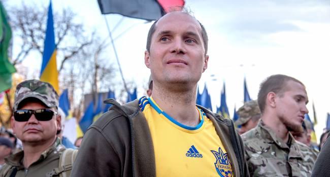 «Украина продолжает бороться с коронавирусом ударами граблей себе по лбу»: Бутусов прокомментировал запрет на въезд в страну для иностранцев