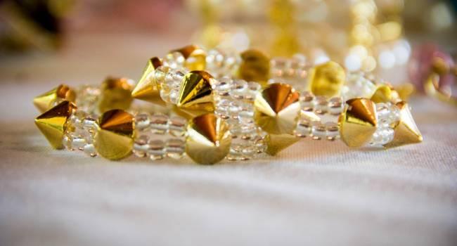 Особенности скупки золотых украшений в ломбарде