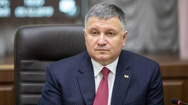 Аваков о Лукашенко: он, похоже, совсем свихнулся, берет все тексты от Путина