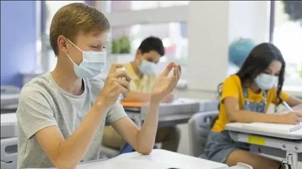 В Раде проголосовали за выделение из «коронавирусного фонда» 10 миллиардов гривен на защиту учителей и учеников