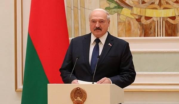 Лукашенко выступил с очередным громким заявлением об отношении с россиянами, назвав их братьями