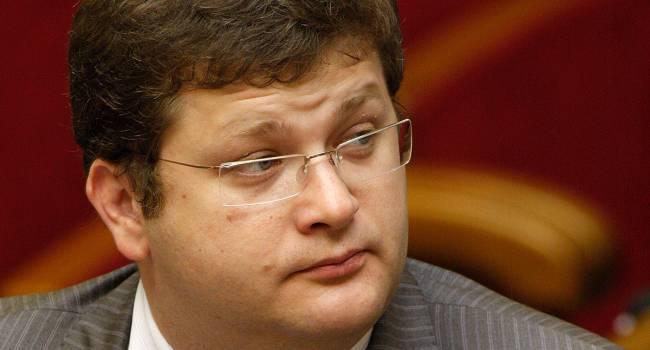 Арьев: Лерос позволил себе покритиковать «солнечного Зеленского», и моментально был исключен из состава фракции «Слуги народа»