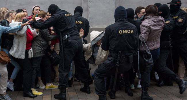 «Если бы только фальсификации на выборах»: эксперт объяснил, почему протесты в Беларуси не прекратятся