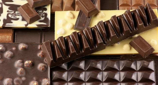 «Не чаще 2 раз в неделю»: эксперты рассказали, почему взрослые должны употреблять шоколад, а детям он противопоказан