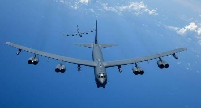 «Кошмар Путина продолжается»: В Небе над Украиной и Черным морем вновь кружили стратегические бомбардировщики США