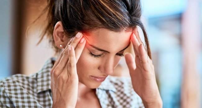«Темнеет в глазах и кружится голова»: медики рассказали о причине такого недомогания