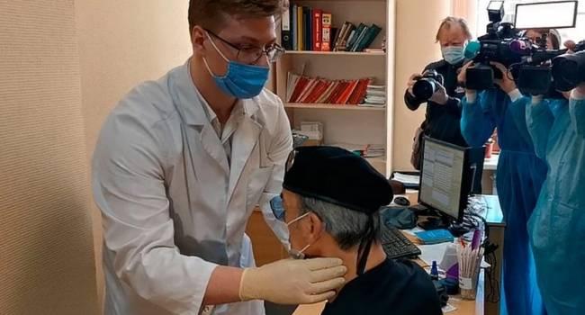 «Было жарко и переволновался»: доктор объяснила падение Боярского в обморок