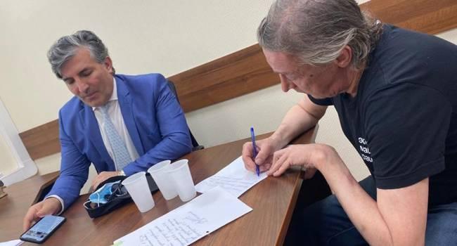 «Все-таки добьется смягчения наказания?»: адвокат рассказала, что Ефремову могут вынести другой приговор