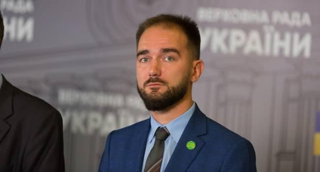 Юрист: История с Юрченко закончится стандартно - выход под залог, после чего дело уйдет в долгую судебную тяжбу