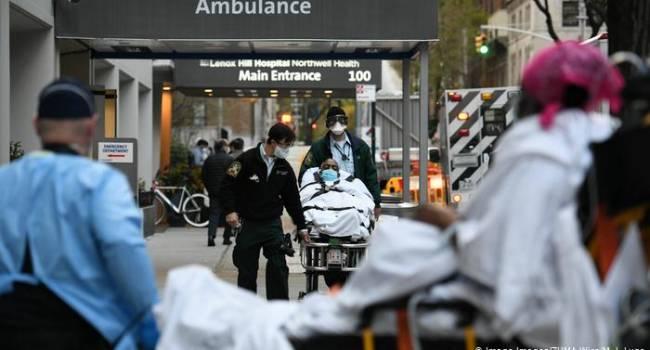 В США сняли проверку на коронавирус в аэропортах