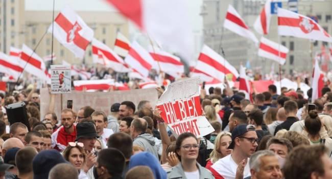 «Вспомните времена Януковича»: политолог заявил о схожести ситуации в Украине и Беларуси