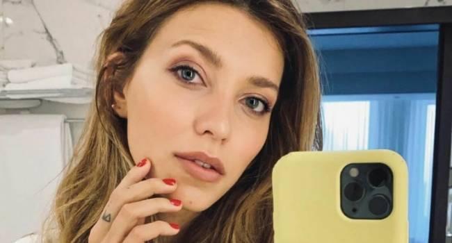 «Поза секси, при этом ни капли пошлости»: Регина Тодоренко восхитила сеть чувственным фото, позируя в поле