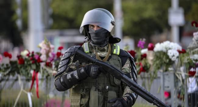 «Сотни задержанных»: Силовики на акциях протестов в Минске задержали сотрудницу посольства Великобритании