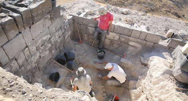 Вблизи Рима археологи обнаружили античный бассейный комплекс