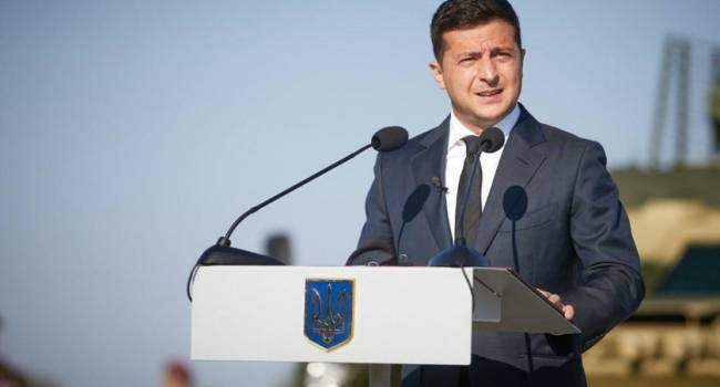 Политолог: Зеленский в воскресенье выдал свежее послание, в котором послал украинцев