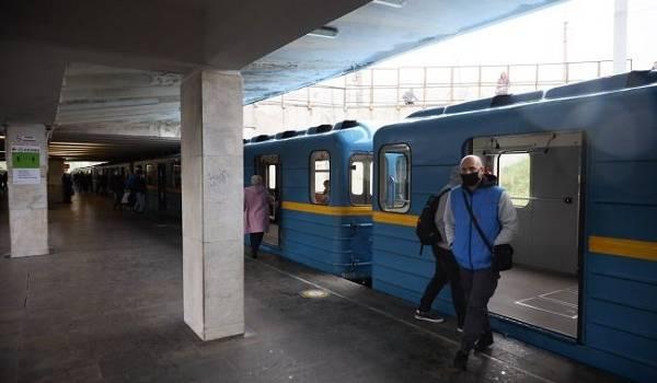Наука таких не знает: в метро Киева обнаружены новые бактерии