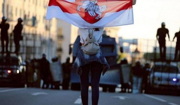 Силовики Лукашенко за сутки задержали порядка 450 протестующих