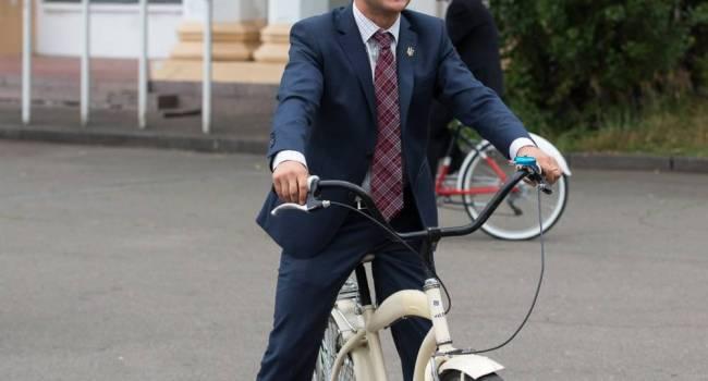 «Президент Голобородько» стал для украинских налогоплательщиков самым дорогим главой государства за всю историю независимости страны - Порошенко