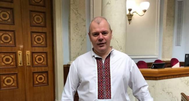 Великович: Украинцы, живущие на оккупированных территориях, и сохраняющих проукраинскую позицию, должны почувствовать - Украина за них