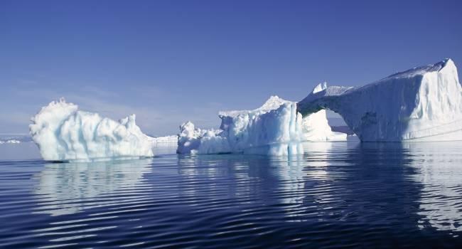 «Этот год побил все рекорды»: ученые заявили о стремительном исчезновении арктических ледников