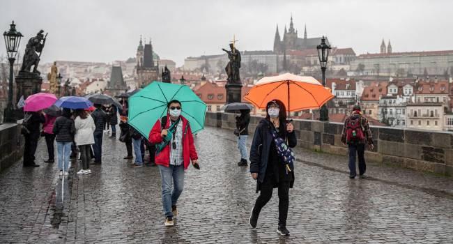 В Чехии зафиксирована рекордная смертность от коронавируса с начала пандемии