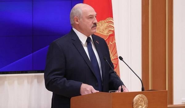 Лукашенко после заявления россиян посочувствовал жертвам крушения самолета АН-26 под Харьковом