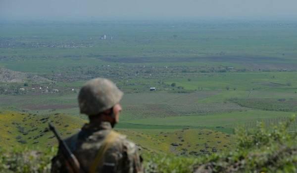 Между Азербайджаном и Арменией возобновились боевые действия: известно об убитых и раненных