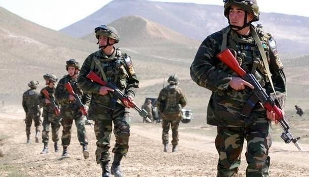 «Введено военное положение»: Азербайджан в ожидании войны с Арменией