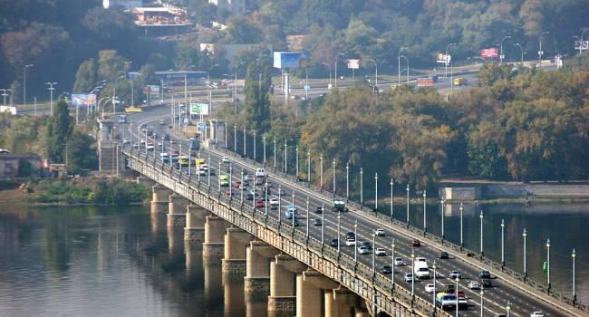 «Зачем так врать, если рейтинг заоблачный?»: Кличко снова подловили на лжи с ремонтом моста Патона