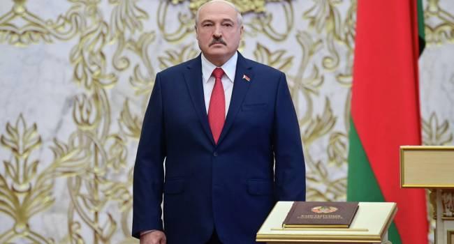 Лукашенко – Макрону: Вы должны были уйти с должности президента Франции