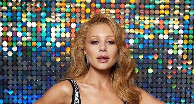 «Красивая женщина, но что-то располнела»: в сети раскритиковали сексуальный наряд Тины Кароль на шоу «Танцы со звездами»