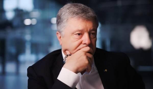 В то время, пока матери погибших курсантов плакали над могилами своих детей, Порошенко в центре Киева отгулял свой 55-летний юбилей – СМИ