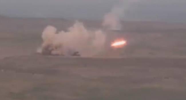 «Азербайджан жжет!»: Беспилотники Турции продолжают уничтожать армянскую военную технику в Нагорном Карабахе