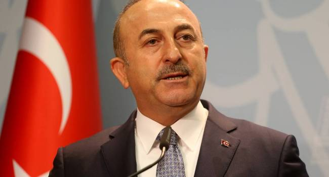 Чавушоглу заявил, что Турция готова поддержать Азербайджан не только зав столом переговоров, но и на поле боя