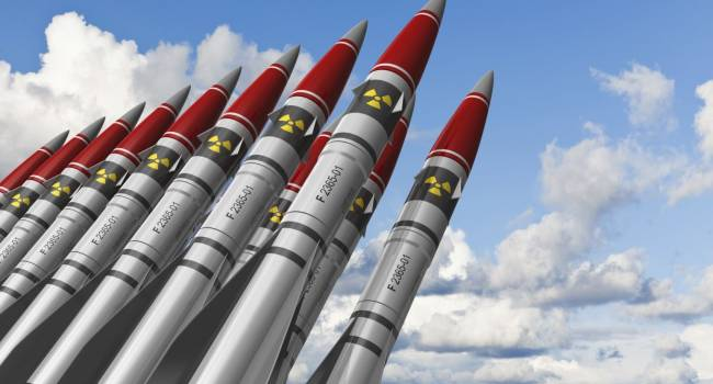 «России придется очень горячо!»: Вашингтон готов развернуть ядерное оружие