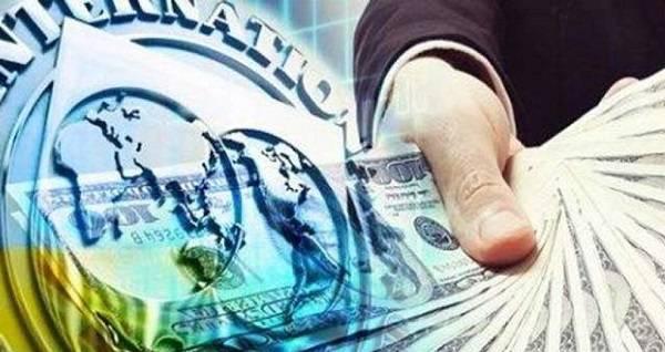 Эксперт: Украина получит транш от МВФ в обмен на контроль над банковской системой