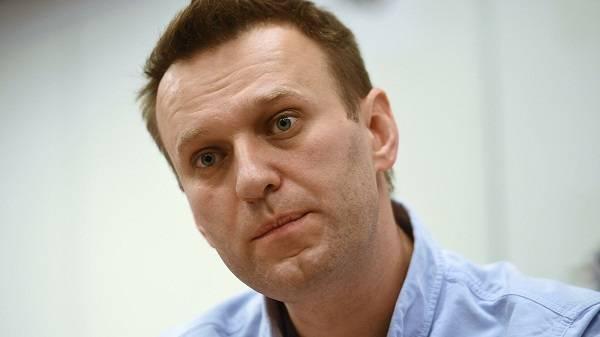 Навальный опасается повторного отравления в России
