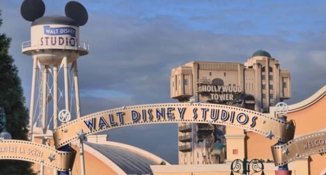 Компания Disney уволит почти 30 тысяч сотрудников из-за эпидемии коронавируса