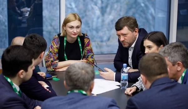 «Слуги народа» отменили заседание фракции на Донбассе