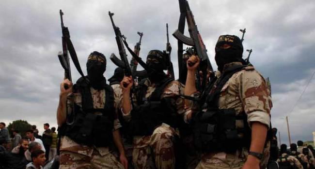 «Перебросили боевиков из Сирии и Ливии»: РФ выдвинула требования по Нагорному Карабаху