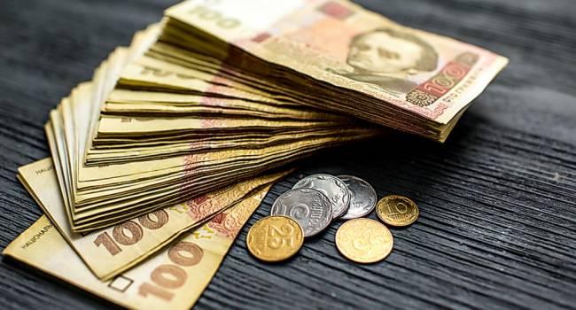 Каждый второй заемщик в Украине не платит по кредитам: свежая статистика
