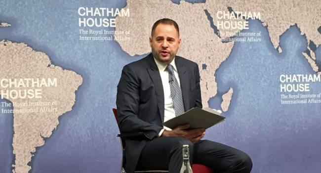 Цимбалюк: стратегия украинской власти – заболтать россиян и добиться замораживания конфликта на востоке