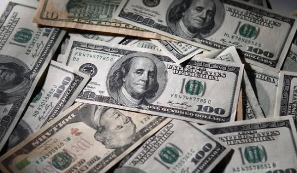 Ситуация на рынке валют: доллар без изменений, евро немного подорожал
