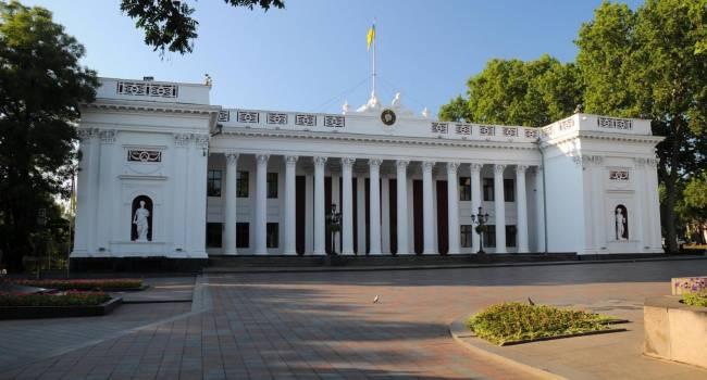 Эксперт: В Одесском горсовете после выборов может появиться коалиция, созданная партиями Порошенко, Труханова и Зеленского
