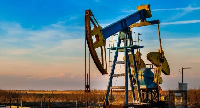 «Эта тенденция только усилится»: аналитик спрогнозировал цены на нефть в ближайшие годы