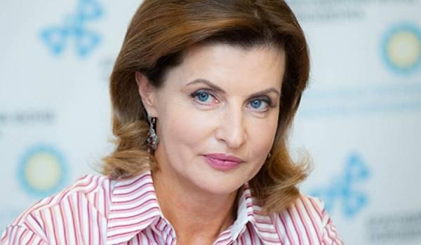 Жена Порошенко разразилась требованием к властям Киева: «Обеспечьте учеников и учителей электронными планшетами»