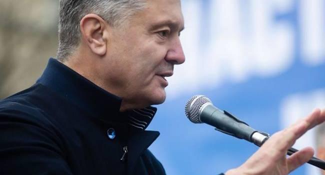 Порошенко: сразу после выборов мы продолжим помощь медикам в борьбе с коронавирусом