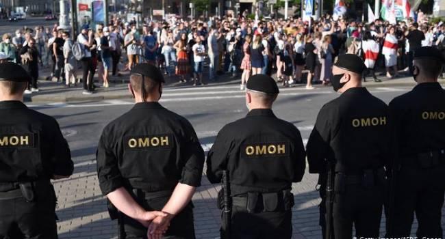 В Беларуси на протестах силовики задержали почти 200 активистов