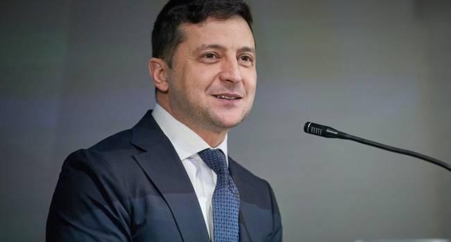 Блогер: если Зеленский сам профинансирует опрос, ему светит от 5 до 10 лет за получение неправомерной выгоды